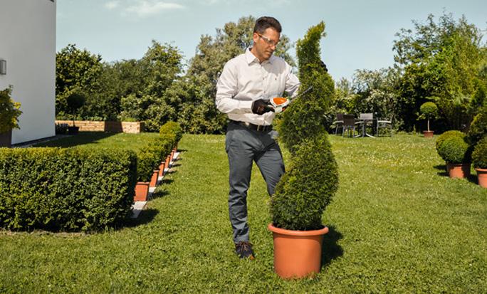 Strauchschere für Gras und Ziersträucher