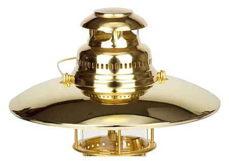 Der Lampenschirm für die Petromax HK500 schafft eine tolle Stimmung und hindert die Lampe, zu stark zu blenden.